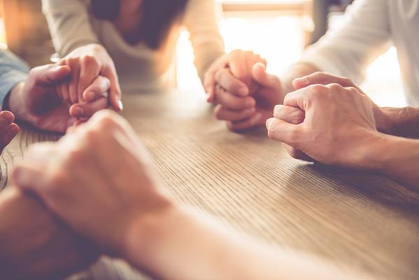 10 Team Building Strategies To Strengthen Employee Ties